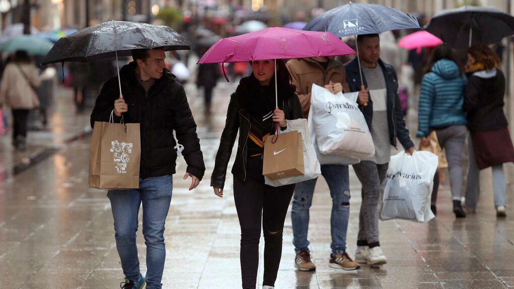 El 11% de los españoles aplazó el pago de sus compras para superar 'la cuesta de enero'