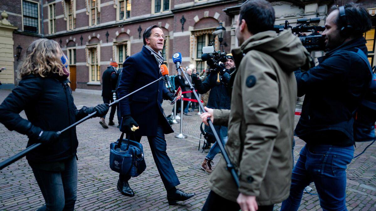 El Gobierno holandés dimite en bloque tras el escándalo por las ayudas a familias con hijos