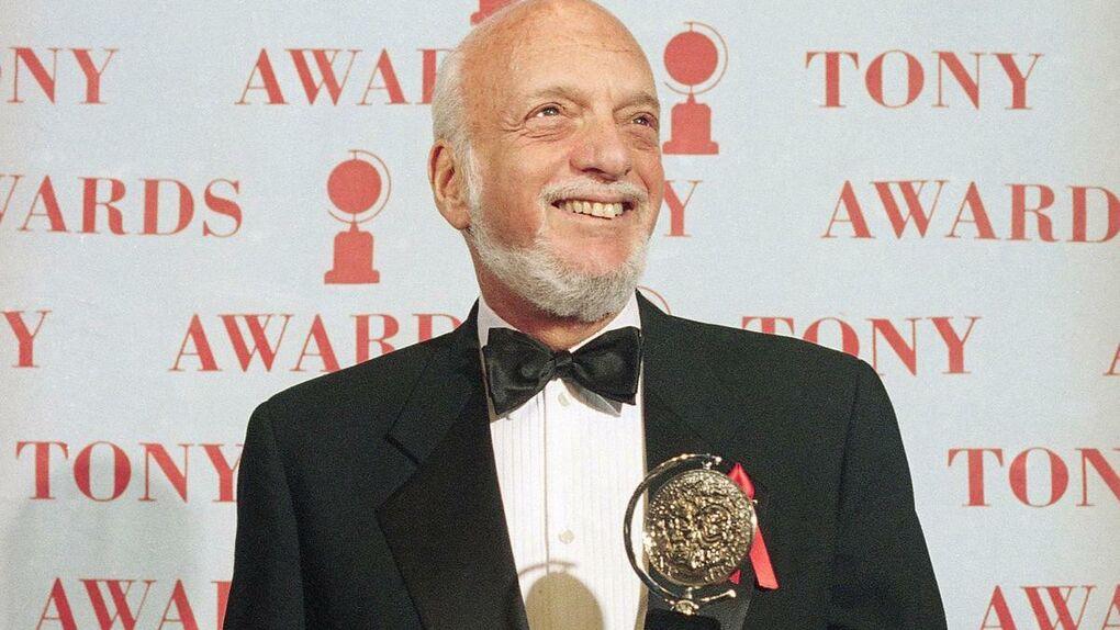 Muere Harold Prince, productor de grandes éxitos de Broadway como 'West Side Story'