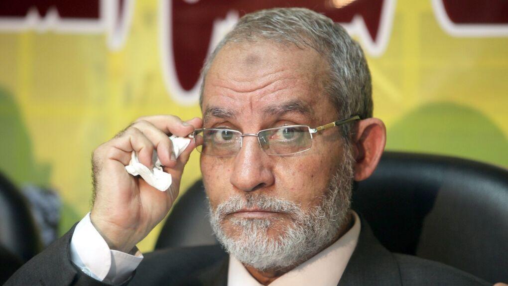 El ejército egipcio detiene en El Cairo al máximo líder de los Hermanos Musulmanes