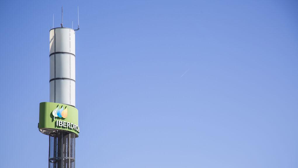 Iberdrola cede a Lyntia el uso de su red de fibra óptica en España por 260 millones
