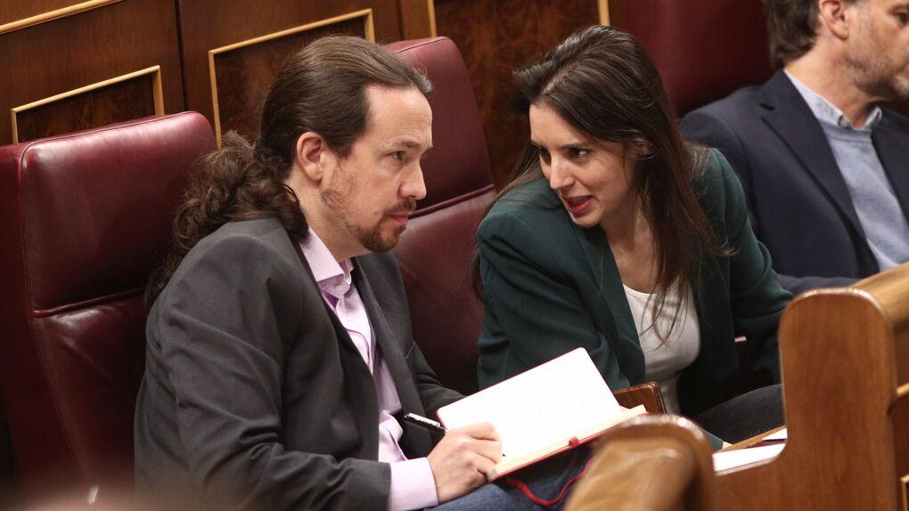 Iglesias sale en defensa de Montero equiparándola con Díaz tras la crisis de sus mensajes contra el errejonismo