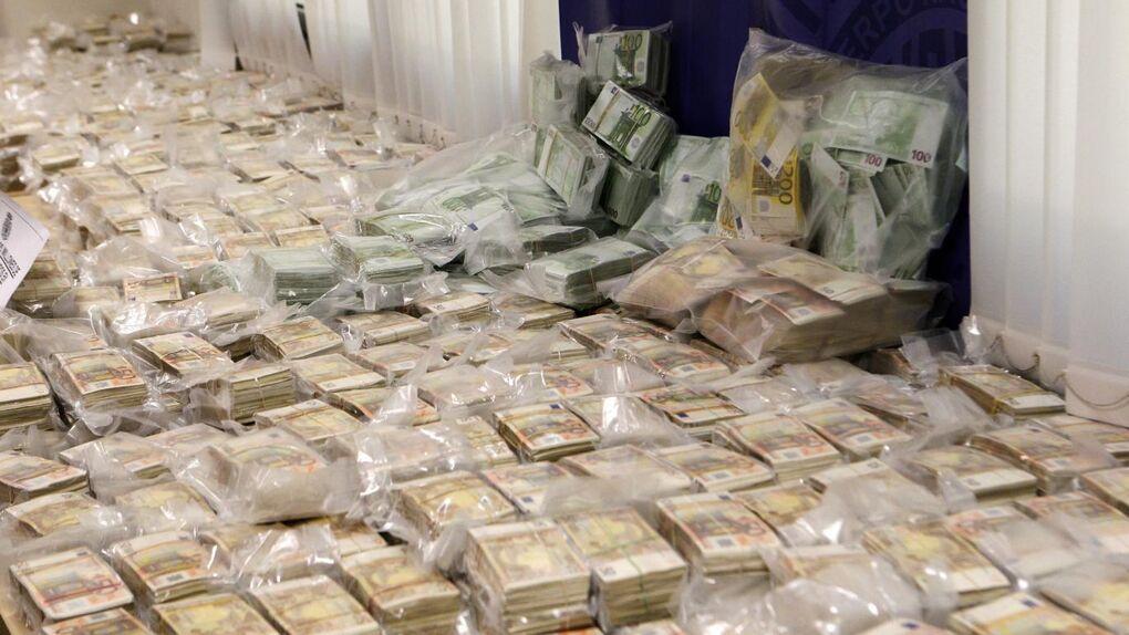Narcos españoles invierten su dinero en pisos, prostitutas, leopardos y un Velázquez