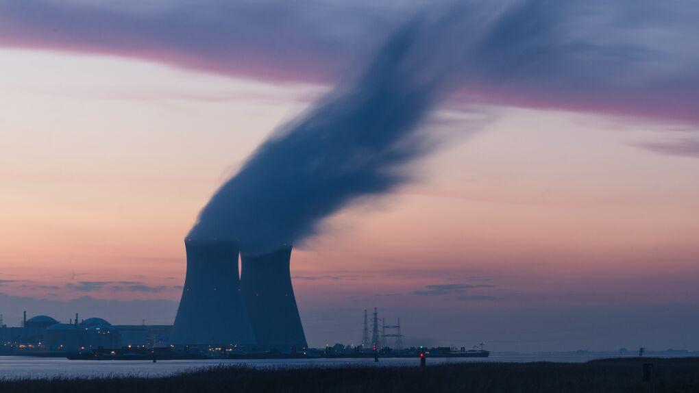 Alargar la vida de las nucleares reducirá un 80% el déficit de Enresa para financiar su desmantelamiento