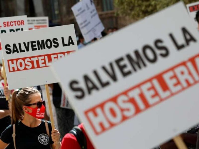 Empresarios afectados por la pandemia reclaman indemnizaciones al Gobierno