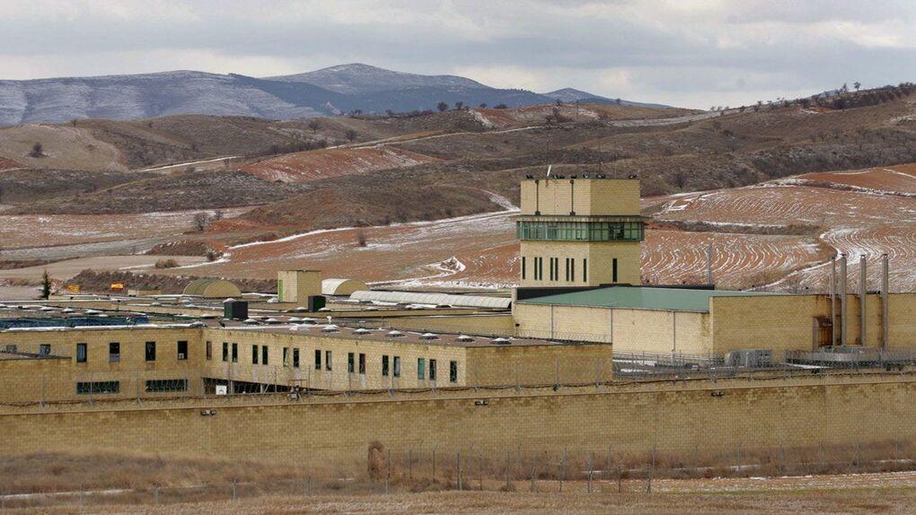 Interior acerca a otros cuatro presos de ETA y ya solo quedan siete por ser trasladados a cárceles próximas a País Vasco