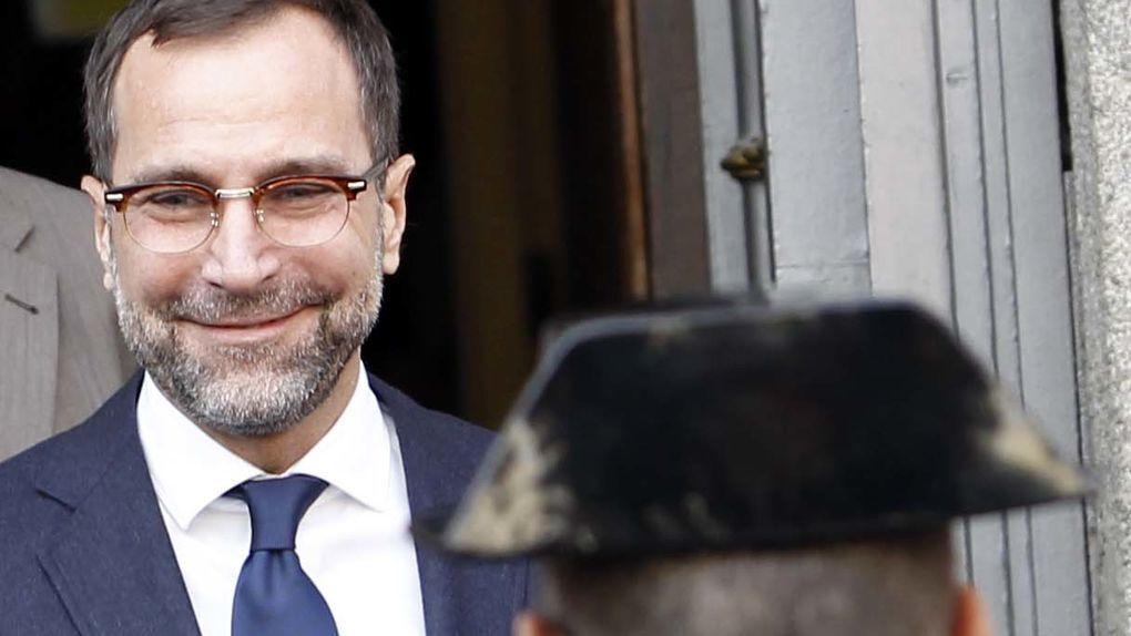 Costos, exembajador de EE UU en España, alquila casa en Madrid para asesorar a empresas