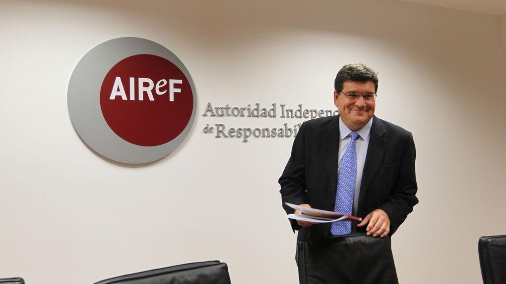 La Airef propone una renta mínima estatal de 430 euros al mes como máximo para los hogares más pobres