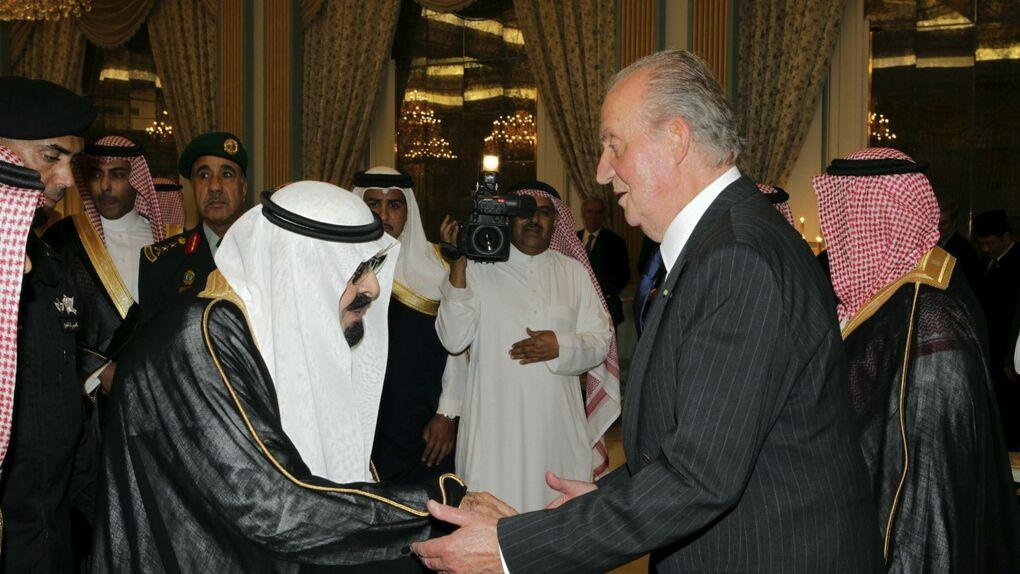 """El rey 'lobista': """"Si no fuera por él, el AVE a La Meca no se habría firmado"""""""