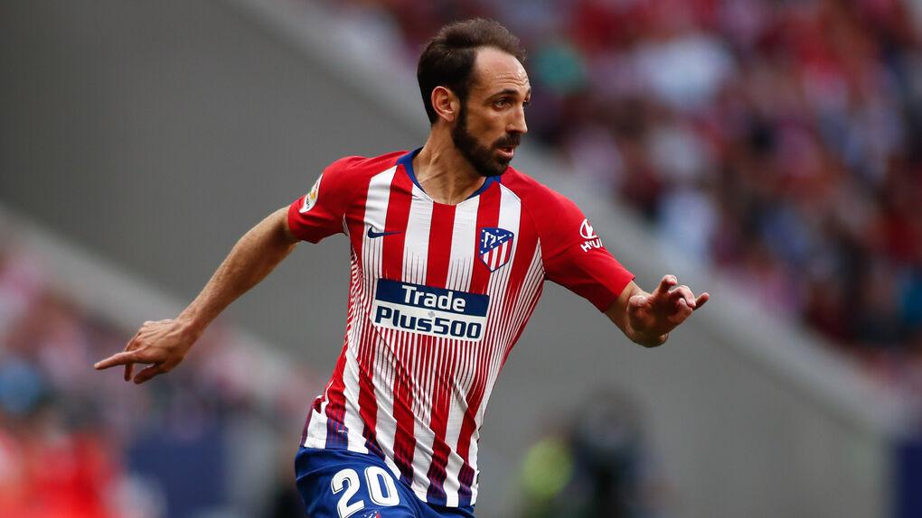 Juanfran, jugador del Atlético, asiste como público al juicio del 'procés' por un regalo a su mujer