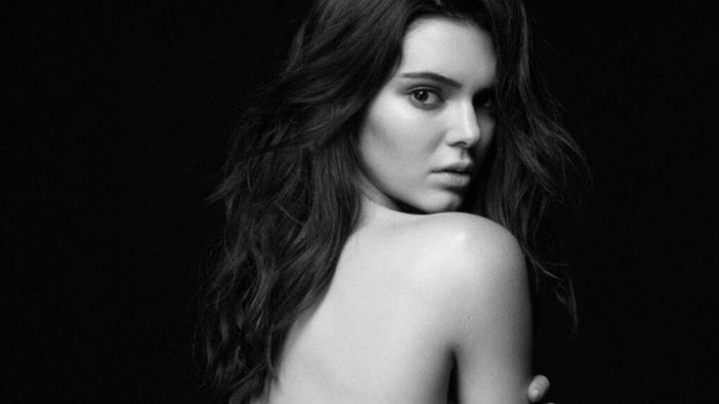 Kendall Jenner posa sexy en lencería con otras modelos