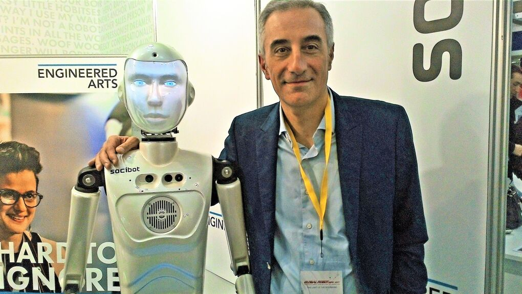 """""""El problema de la robótica es saber qué tecnología va a desarrollarse"""""""