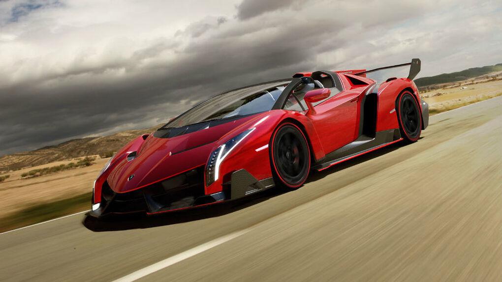 Lamborghini celebra sus primeros 50 años con el Veneno Roadster
