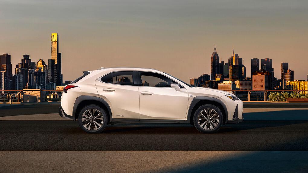 Lexus sigue su apuesta por los conceptos SUV e híbrido: el UX será el cuarto modelo de la gama