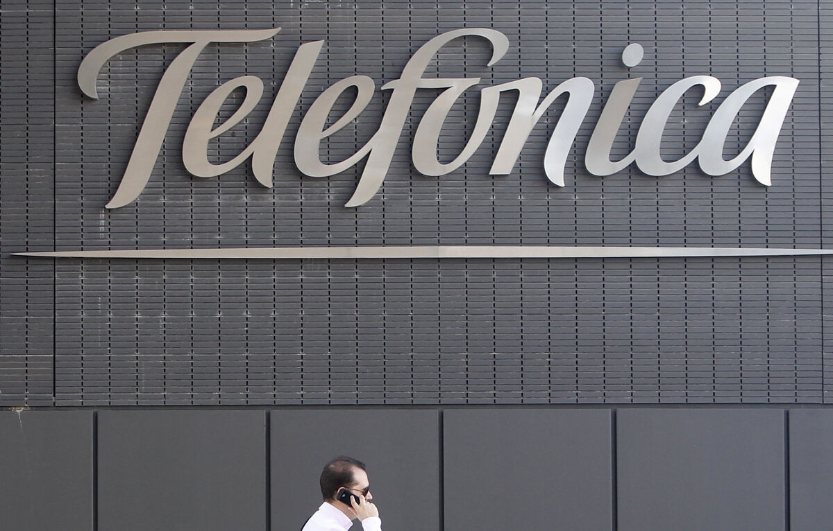 Un ciudadano declara la guerra a Telefónica para quedarse un cableado que recorre España