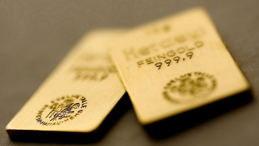 El oro 'lava' más blanco: grupos mafiosos españoles apuestan por los metales preciosos para blanquear