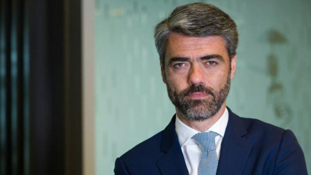 Luis Enríquez consiguió salvar su puesto en Vocento porque no se abstuvo en la votación