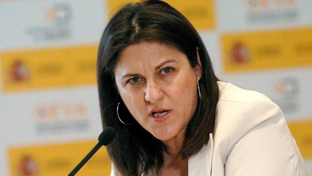 Rivera intenta fichar a la ex ministra socialista Trujillo para las elecciones
