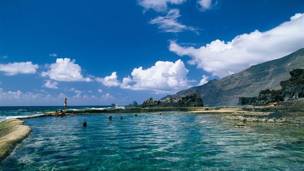 Las piscinas naturales más paradisíacas de España