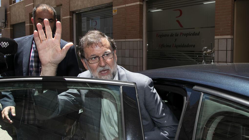 La Justicia estudia si la cesión de la plaza de registrador de Rajoy fue ilegal