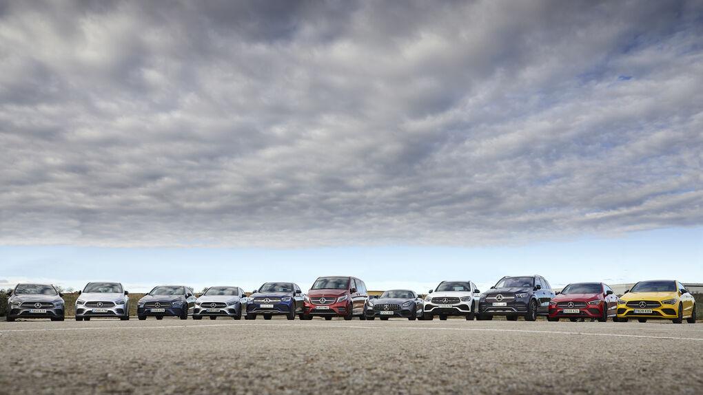 Nos subimos a las últimas novedades de Mercedes y Mitsubishi para el mercado español
