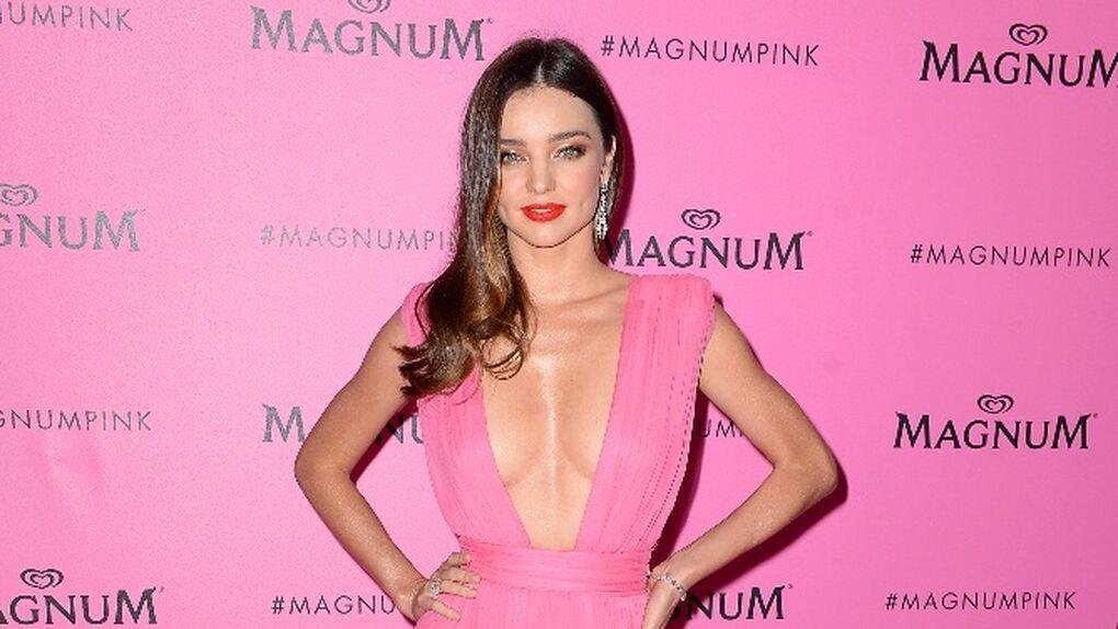 Miranda Kerr, despampanante en 'la ice cream party' de Cannes