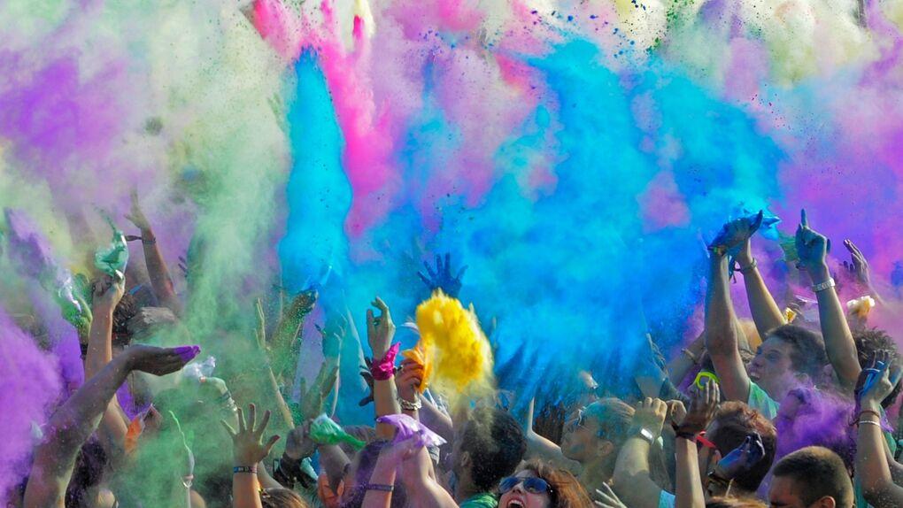 Holi: el plan más refrescante y colorido para este fin de semana en Madrid