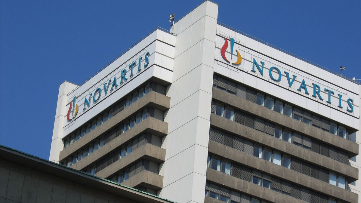 Novartis aprueba el ERE y reduce en mil personas la plantilla tras vender dos fábricas