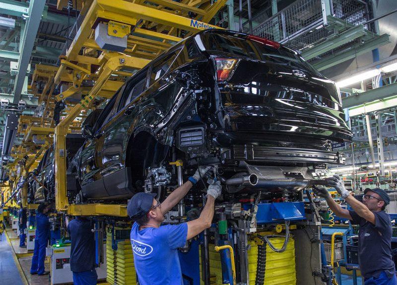 La fábrica de Ford en Valencia parará 20 días por la falta de un microchip