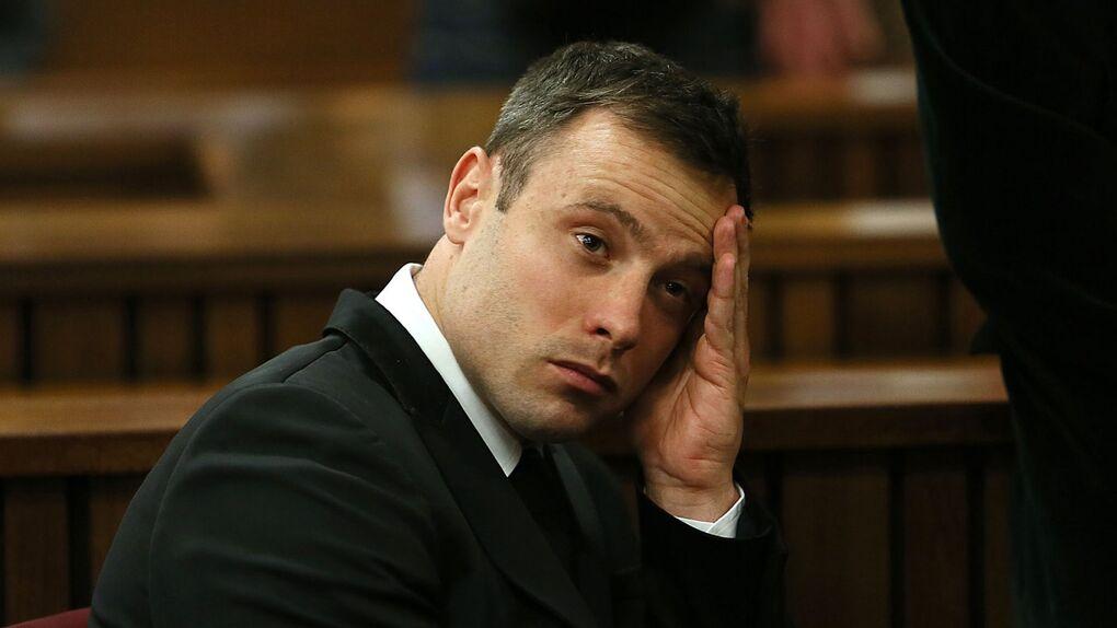 Oscar Pistorius, condenado a 6 años de prisión por el asesinato de su novia