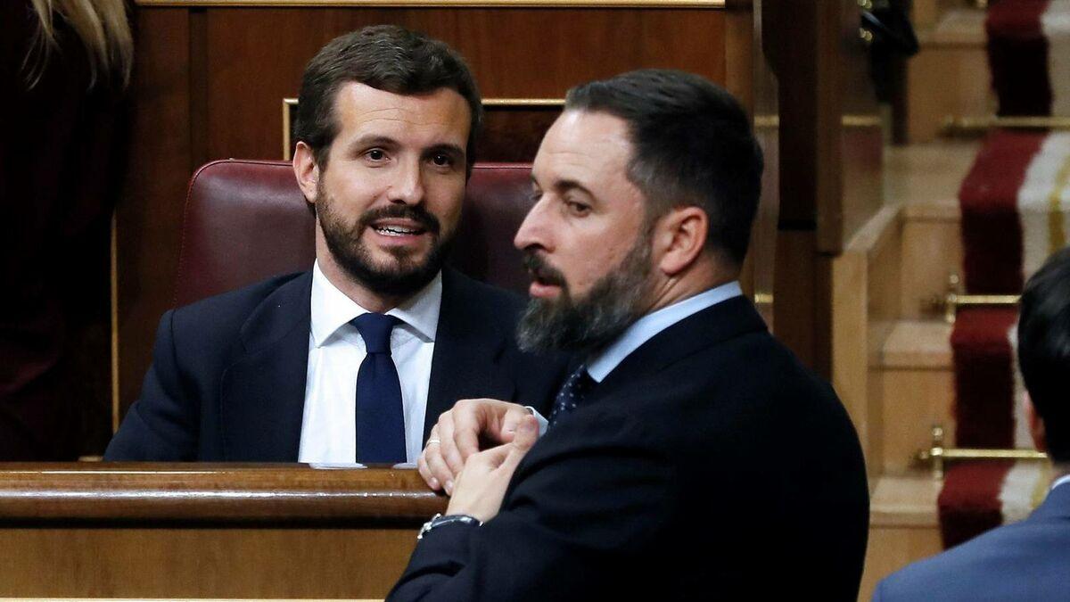 Abascal ataca a Casado mientras 'mima' a Ayuso tras las elecciones de Madrid