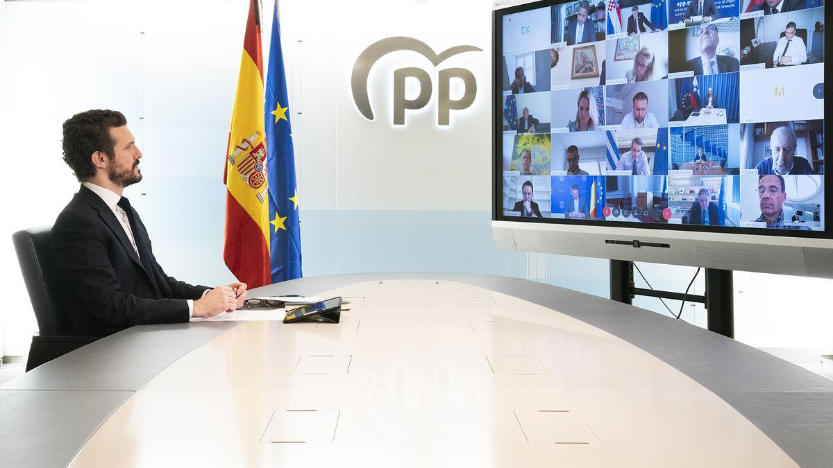 Casado apoyará la expulsión del partido de Orban del PPE para desmarcarse de Vox