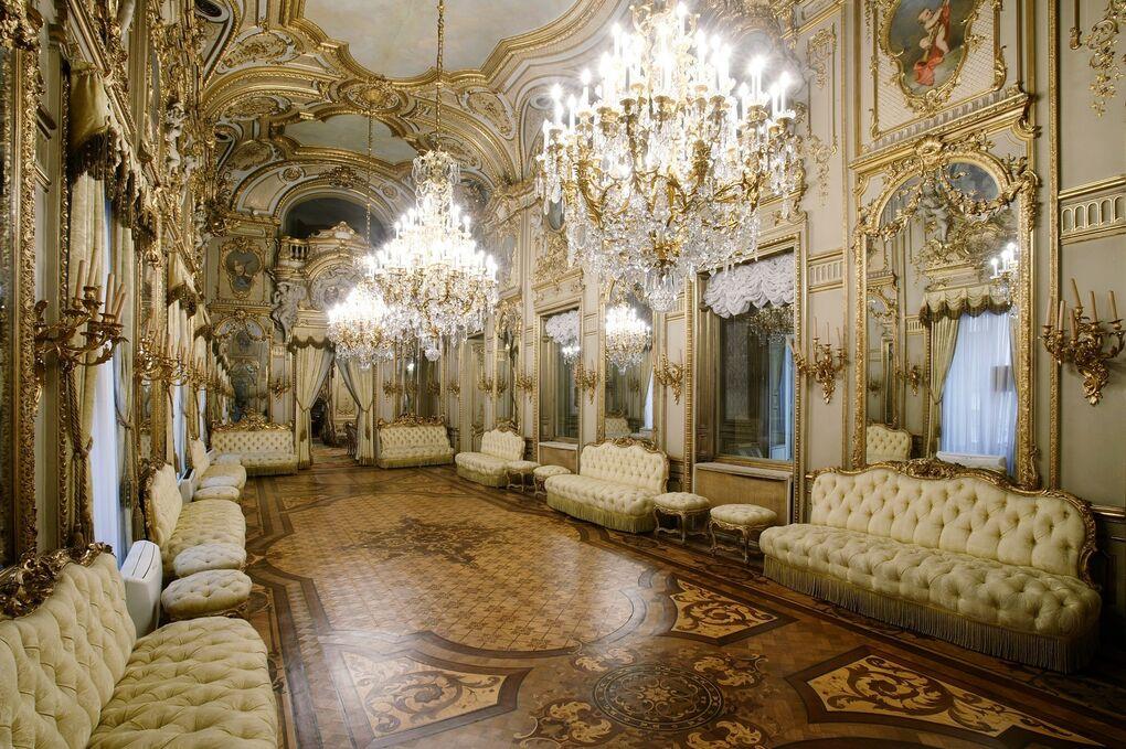 Bienvenidos a palacio:  15 edificios emblemáticos de Madrid abren sus puertas