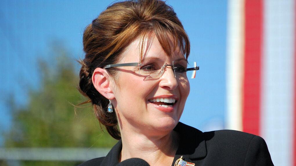 """Sarah Palin, polémica: celebra que el primer oro de Río fuera para """"una chica americana con un arma"""""""