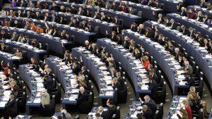 LGTBI, etnia y religión: el Parlamento Europeo lanza una guía de lenguaje 'apropiado'