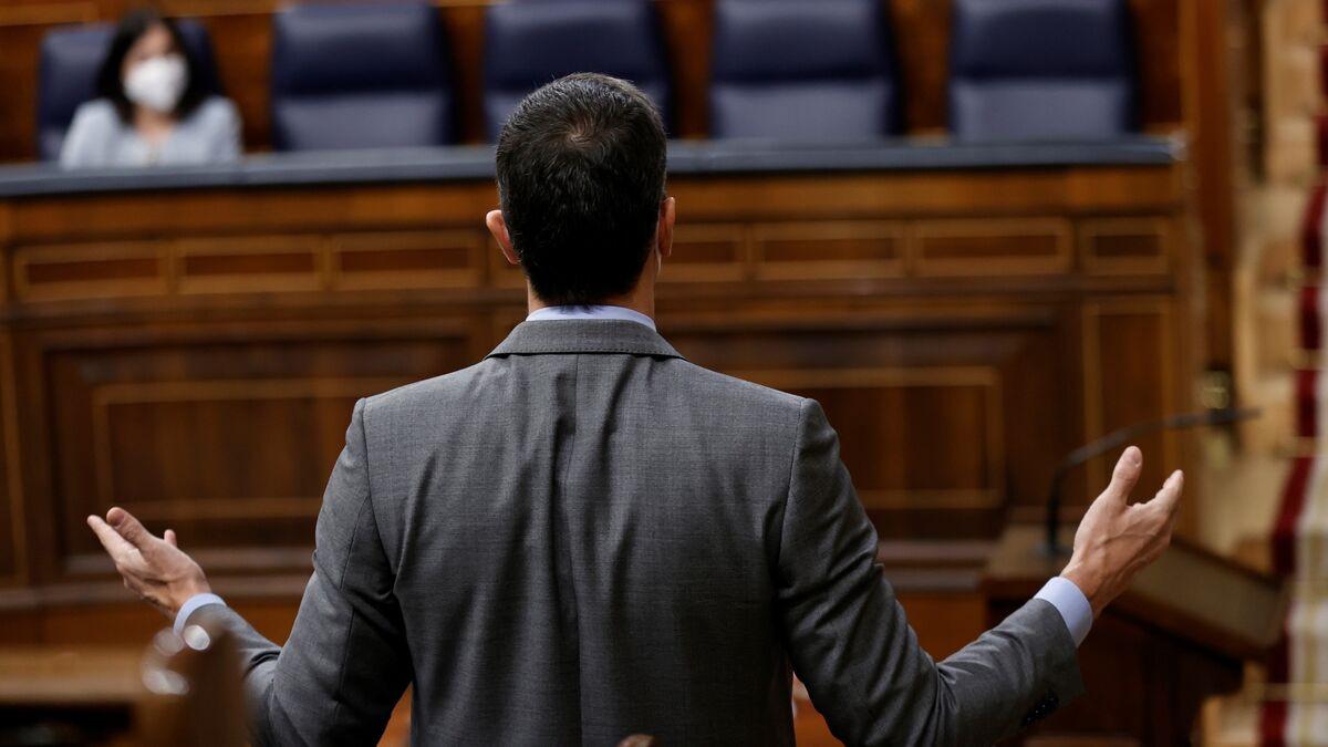 Moncloa alienta una abstención del PSC para que gobierne ERC con los Comuns