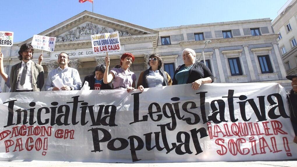 Sólo 2 de las 94 iniciativas legislativas populares presentadas desde 1983 se han convertido en ley