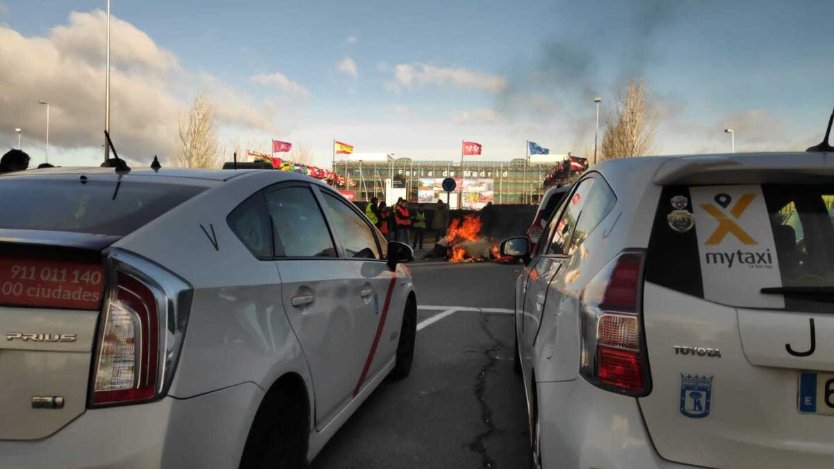 El taxi pide auxilio tras sufrir el mayor desplome de facturación en 50 años