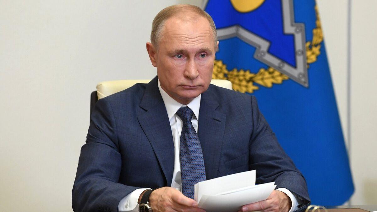 República Checa expulsa por espionaje a 18 empleados de la embajada de Rusia