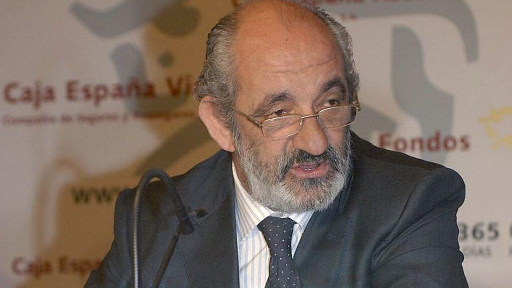 """Caja España devolvió a su presidente Santos Llamas intereses en una operación """"inaudita"""""""