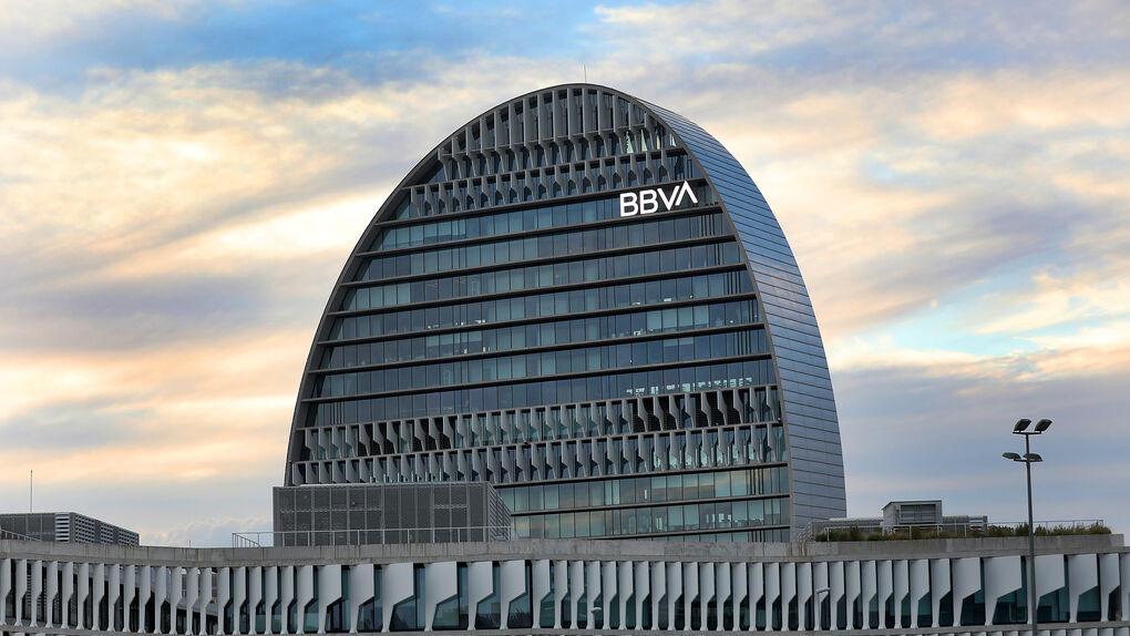 'Caso Villarejo': sólo cuatro miembros del consejo de BBVA están libres de sospecha
