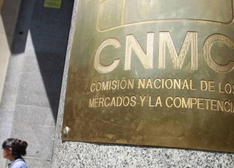 Competencia multa con 6,3 millones a 22 consultoras y a varios directivos
