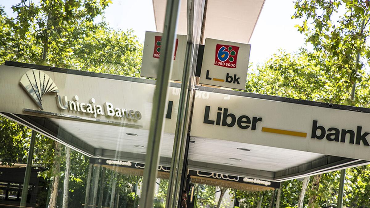 La juntas de Unicaja y Liberbank aprueban su fusión para crear el quinto banco español