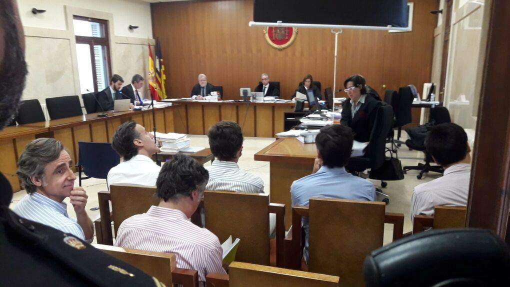 Los Ruiz-Mateos, condenados a penas de hasta dos años de cárcel por una estafa en Mallorca