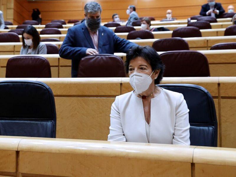 Aluvión de 11.000 enmiendas de familias de alumnos con dislexia por las becas de Isabel Celaá