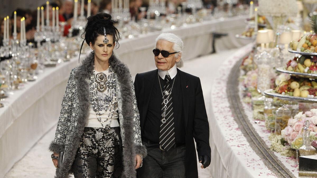 """Stella Tennant, supermodelo de los 90, fallece """"súbitamente"""" a los 50 años"""