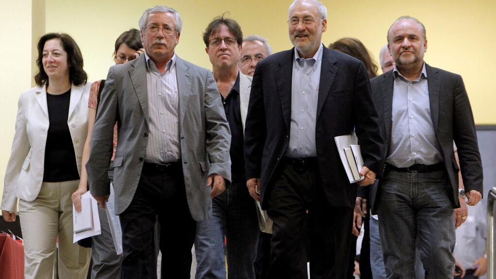"""Stiglitz: """"Cada vez hay un consenso más grande sobre la desaparición del euro"""""""