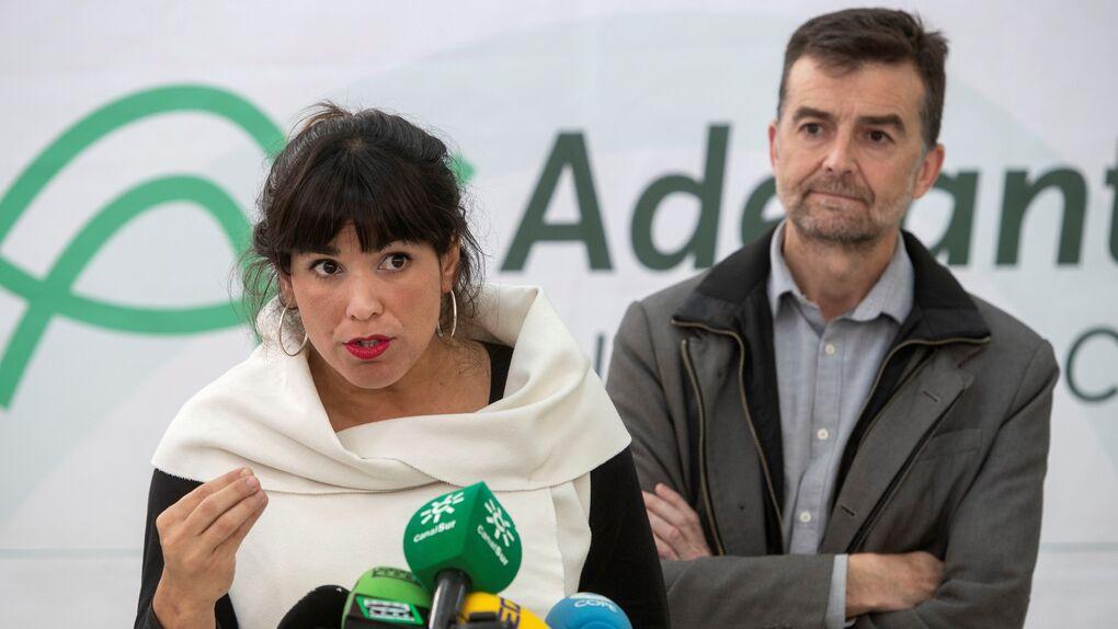 Maíllo deja su escaño y la coordinación de IU Andalucía y pide su reingreso como profesor