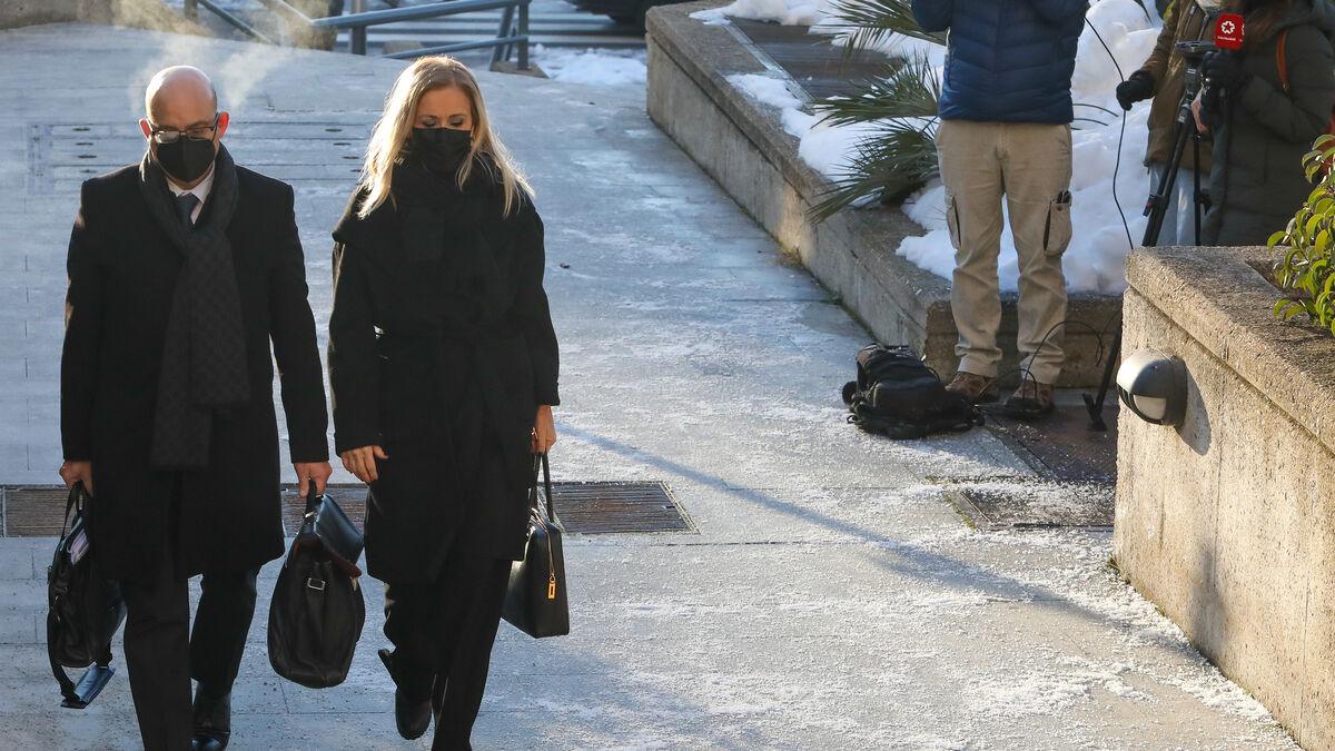 Turno de Cristina Cifuentes para dar su versión en el juicio sobre el 'caso máster'