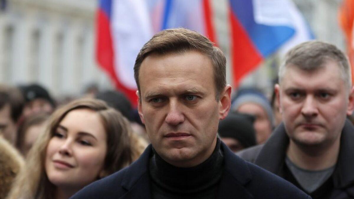 """Los médicos del opositor ruso Alexei Navalny alertan de que puede sufrir un infarto """"de un momento a otro"""""""